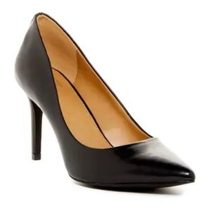 14th & Union Maty Pointed Toe Pump